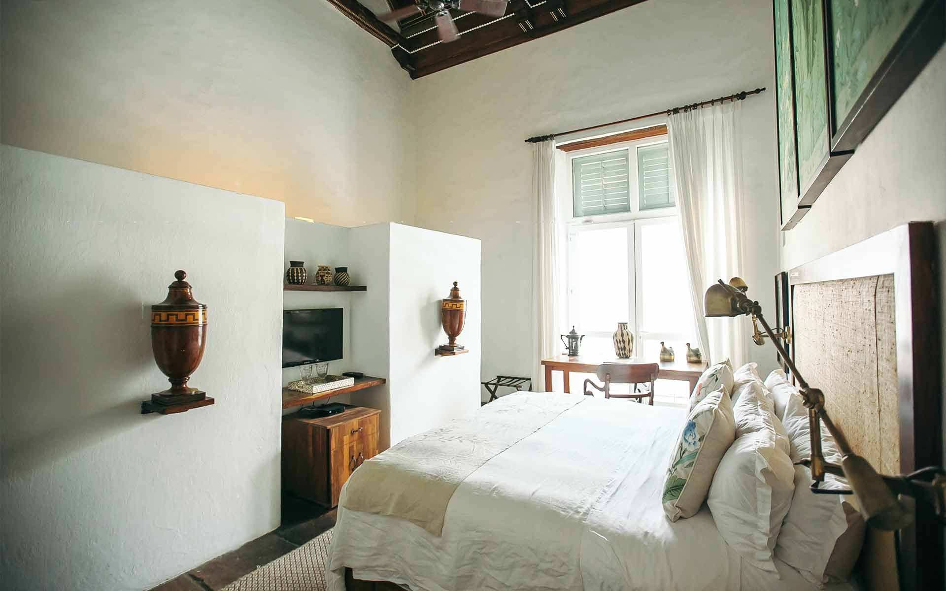 Macaw bedroom at the Amarla Boutique Hotel in Cartagena